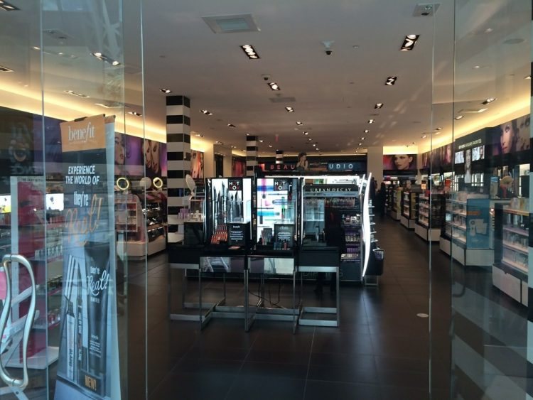 How lighting can create a better retail experience